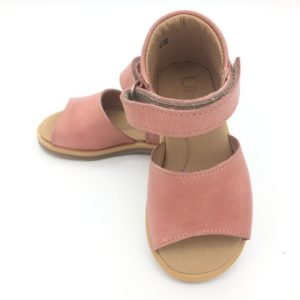 Leather shoes for children