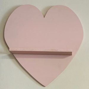 heart decorative shelf